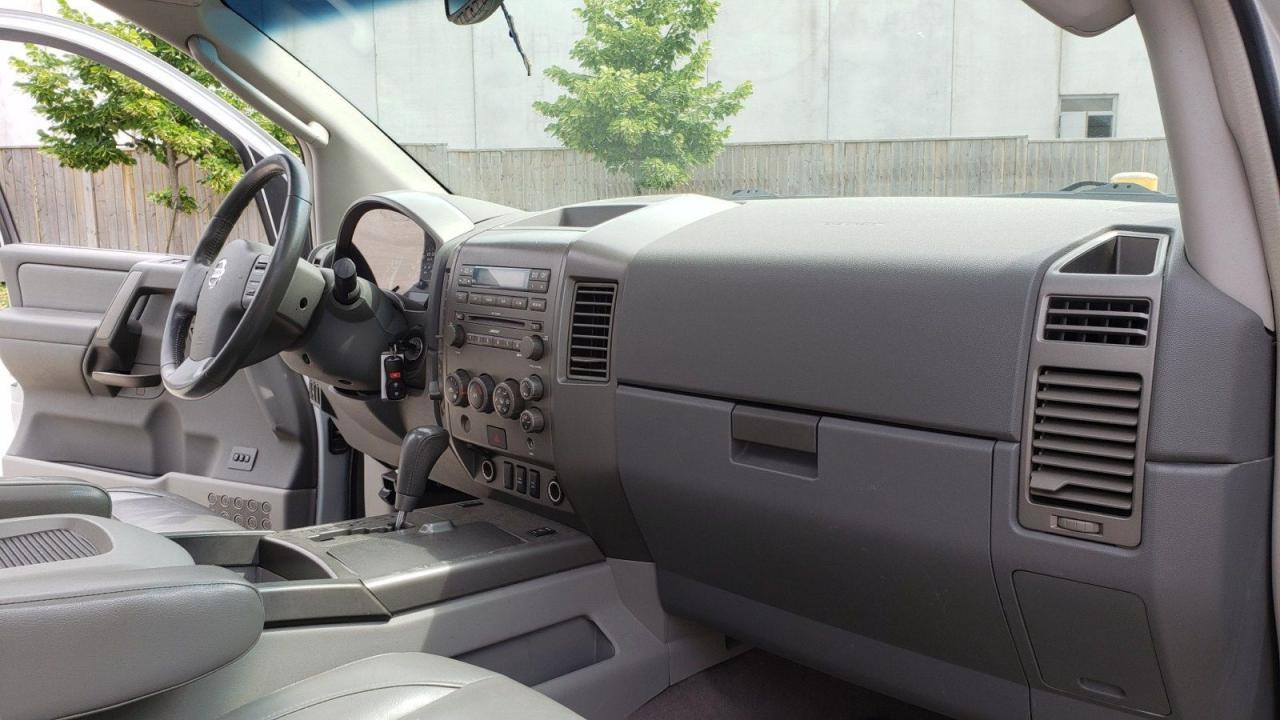 2004 Nissan Pathfinder Armada