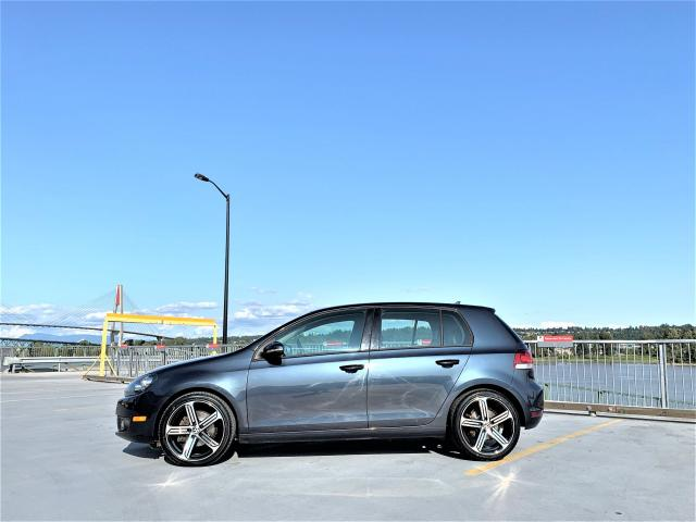 "2012 Volkswagen Golf Highline + New 18"" GTI / Golf R style wheels"