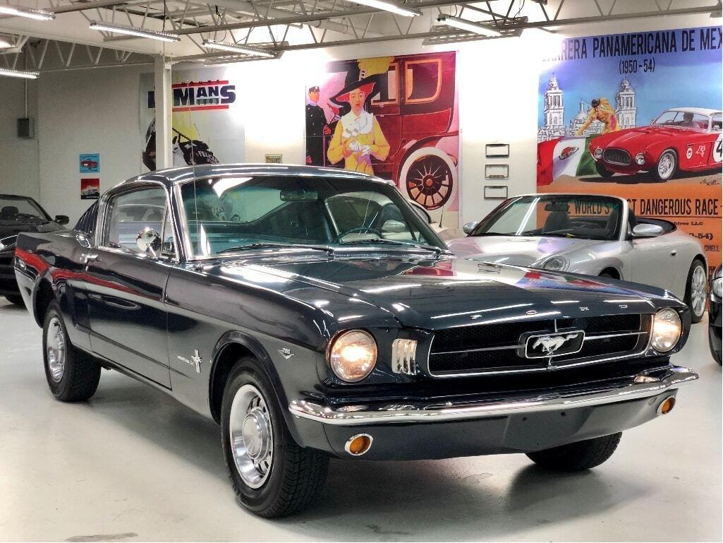 Used 1965 Ford Mustang 2+2 Fastback, A Code 289 for Sale in Paris