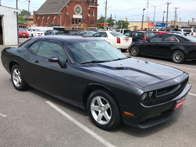 2009 Dodge Challenger ** CRUISE, AUX. IN **