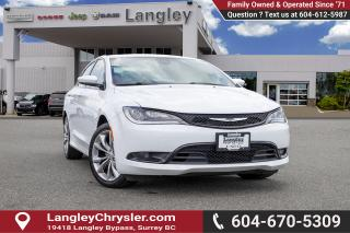 Used 2015 Chrysler 200 - Leather Seats -  Bluetooth for sale in Surrey, BC