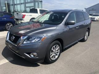 Used 2015 Nissan Pathfinder SV, AWD, 6000LBS DE CHARGE for sale in Lévis, QC