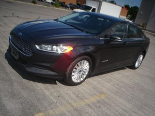 Used 2014 Ford Fusion SE Hybrid for sale in Mississauga, ON