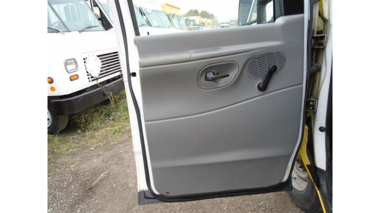 2008 Ford E250