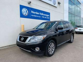 Used 2015 Nissan Pathfinder SL AWD for sale in Edmonton, AB
