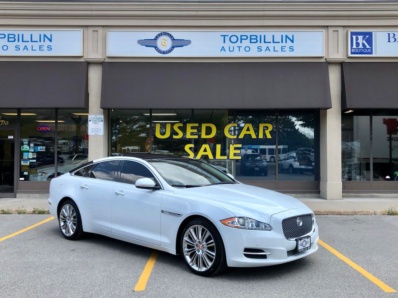 2014 Jaguar XJ AWD, Massaging Seats