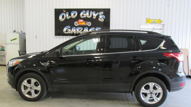 2016 Ford Escape SE,4WD,Camera, heated seats