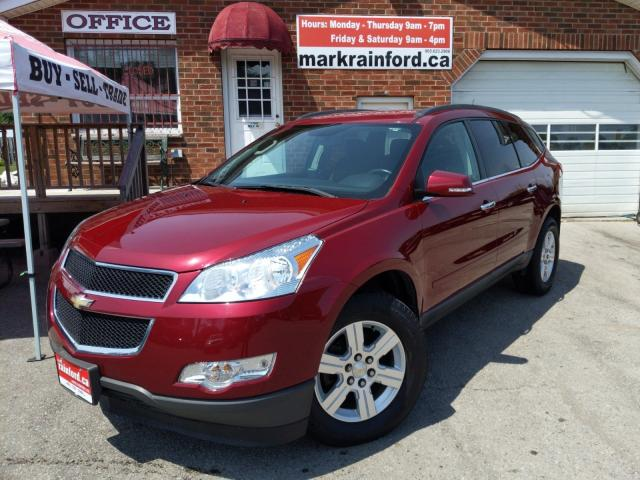 2011 Chevrolet Traverse 1LT Back Up Cam Bluetooth Park Assist 7 Passenger