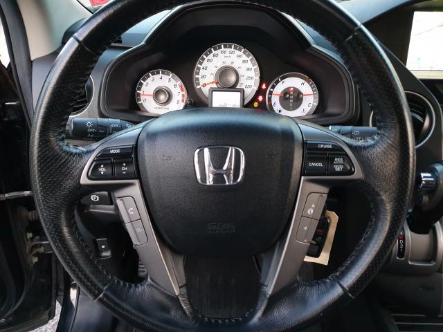 2013 Honda Pilot Touring Photo19