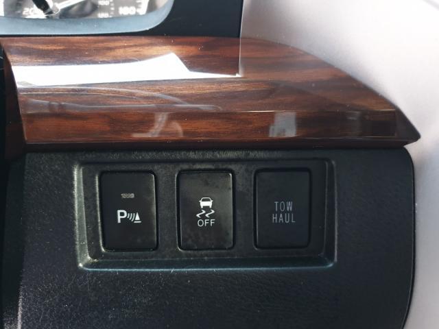 2014 Toyota Tundra Limited  Photo28
