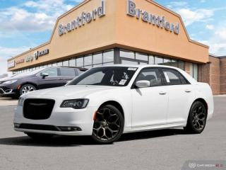 Used 2018 Chrysler 300 4DSN  - $196 B/W - Low Mileage for sale in Brantford, ON