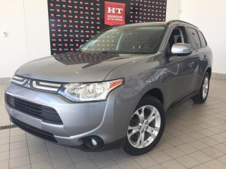 Used 2014 Mitsubishi Outlander SE , 7 places  , 4x4 for sale in Terrebonne, QC