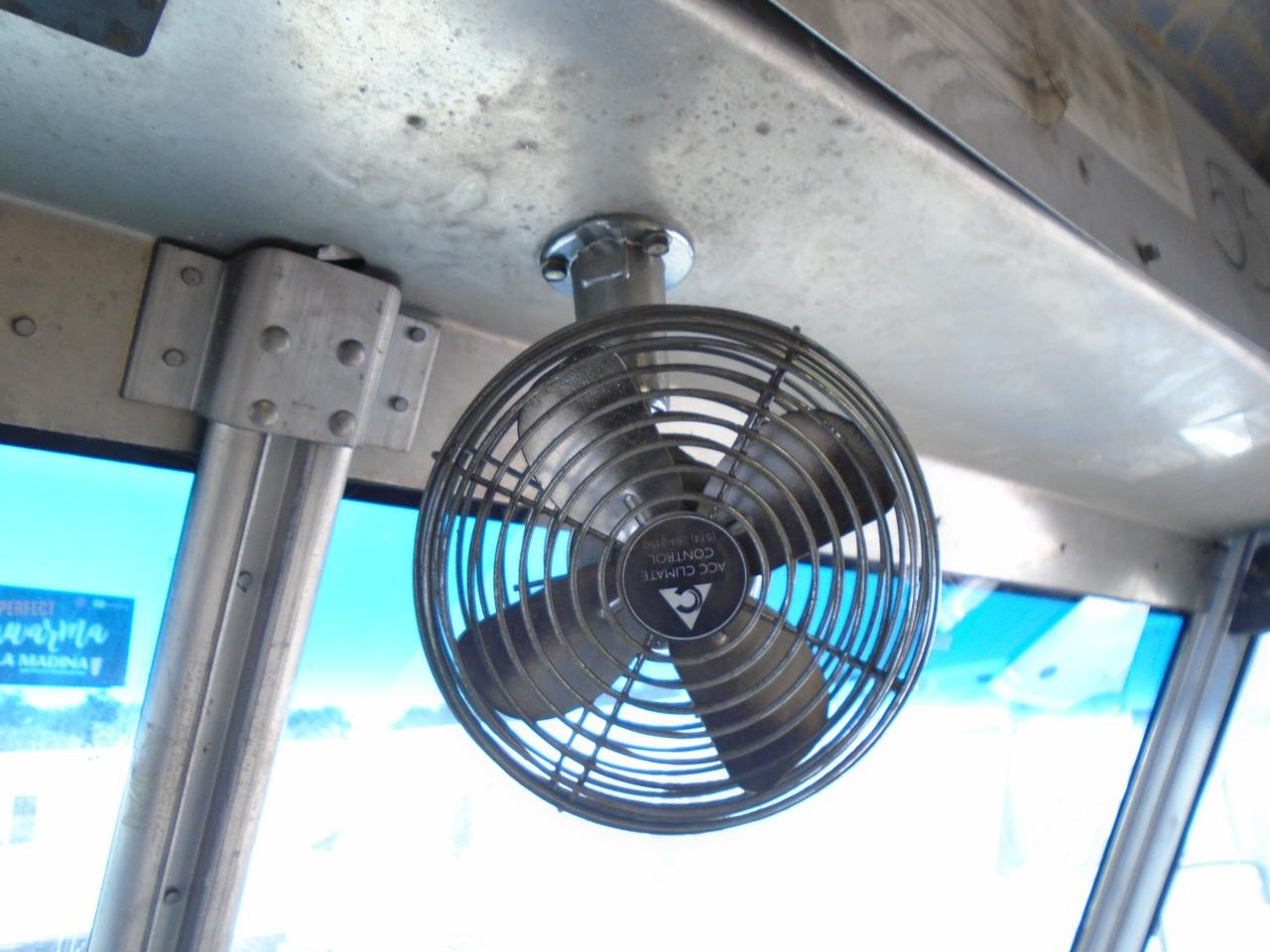 2004 Freightliner MT45