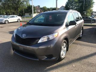 Used 2015 Toyota Sienna CE for sale in Québec, QC