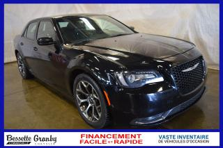 Used 2016 Chrysler 300 S +hitch, Caméra for sale in Cowansville, QC