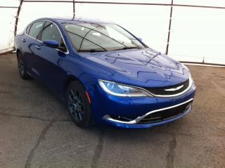 Used 2016 Chrysler 200 LEATHER TRIMMED BUCKET SEATS, DUAL PANE SUNROOF, FRONT HEATED SEATS for sale in Ottawa, ON