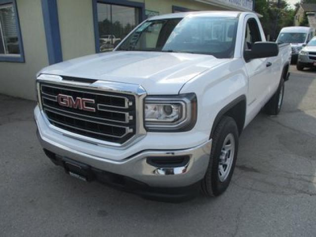 2018 GMC Sierra 1500 LIKE NEW SLE MODEL 3 PASSENGER 5.3L - V8.. TWO-WHEEL DRIVE.. REGULAR CAB.. 8-FOOT BOX.. BACK-UP CAMERA.. BLUETOOTH SYSTEM..