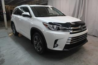 Used 2017 Toyota Highlander **Limited (CUIR,TOIT PANO,GPS ) for sale in St-Constant, QC