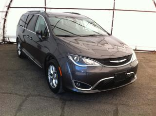 Used 2018 Chrysler Pacifica Touring-L Plus DUAL THEATER ENTERTAINMENT CENTERS, PANORAMIC SUNROOF, HEATED LEATHER SEATING GROUP for sale in Ottawa, ON