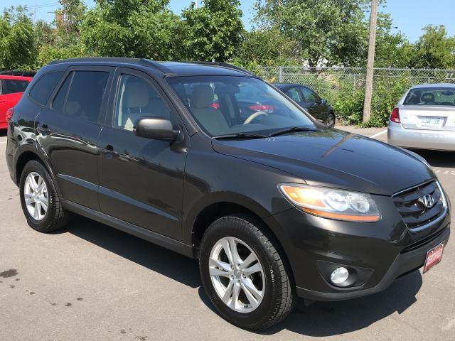 2011 Hyundai Santa Fe GL ** AWD, HTD SEATS, BLUETOOTH  **