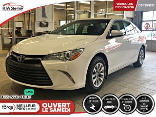 Used 2015 Toyota Camry LE *SIEGES CHAUFFANTS *CAMERA *A/C for sale in Québec, QC