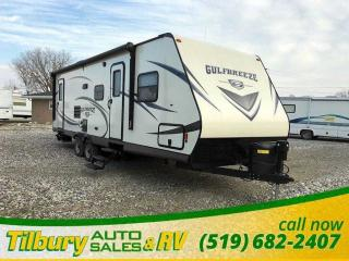 Used 2017 Gulf Stream 28BBS *Weekly Payment $60 OAC* Bunks for sale in Tilbury, ON