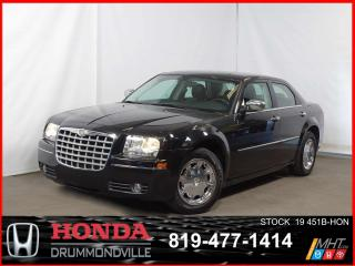 Used 2010 Chrysler 300 Touring+CUIR+REGVIT+A/C+++ for sale in Drummondville, QC