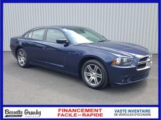 Used 2014 Dodge Charger SXT-Toit ouvrant for sale in Cowansville, QC