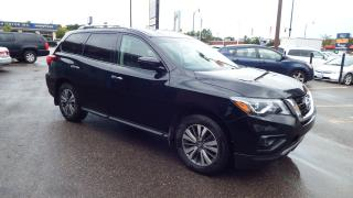 Used 2017 Nissan Pathfinder SL/BACKUP CAMERA/PUSH BUTTON START/$20499 for sale in Brampton, ON