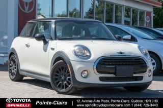 Used 2018 MINI Cooper SIGNATURE NAVIGATION, CAMÉRA DE RECUL, TOIT PANORAMIQUE for sale in Pointe-Claire, QC