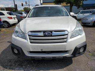 Used 2013 Subaru Outback Familiale CVT 5 portes 2.5i Touring for sale in Montréal, QC