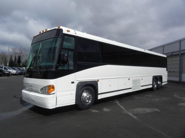 2007 MCI D4500 CHARTER COACH BUS
