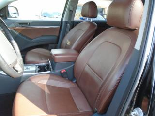 Used 2011 Hyundai Veracruz AWD Limited 7 PASSENGER DVD B-TOOTH BROWN LEATHER for sale in Oakville, ON