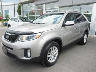 Used 2015 Kia Sorento LX V6 FWD /Power driver seat/Push Start/Heated seats for sale in Mississauga, ON