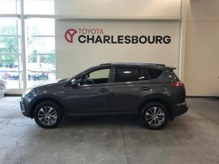 Used 2018 Toyota RAV4 Xle Awd Hybride for sale in Québec, QC