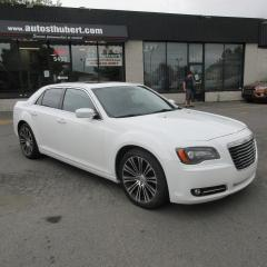 Used 2012 Chrysler 300 for sale in St-Hubert, QC