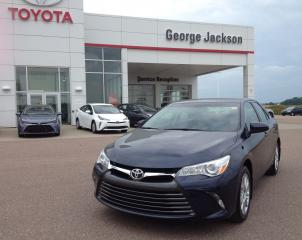 Used 2015 Toyota Camry LE for sale in Renfrew, ON