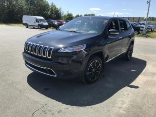 Used 2015 Jeep Cherokee Traction avant, 4 portes, Sport for sale in Sherbrooke, QC