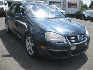 Used 2009 Volkswagen Jetta HIGHLINE 2.0T 4cyl AC Sunroof htd Leather PM PW PL for sale in Ottawa, ON