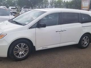 Used 2012 Honda Odyssey EX-L; 8PASS, BLUETOOTH, BACKUP CAM, HEATED SEATS, LEATHER, SUNROOF AND MORE for sale in Edmonton, AB