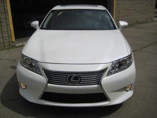 Used 2015 Lexus ES 300 h ONE OWNER/NAVIGATION/SUNROOF/BLIND SPOT for sale in North York, ON