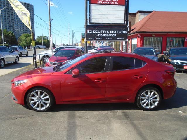 2014 Mazda MAZDA3 GT-SKY/ TECH PKG/ REV CAM / NAV / ALLOYS / MINT /