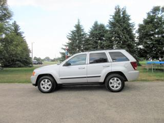 Used 2009 Jeep Grand Cherokee Laredo V6 4X4 for sale in Thornton, ON