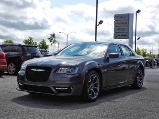 Used 2018 Chrysler 300 S *CUIR*TOIT PANO*GPS*BEATS AUDIO* for sale in Brossard, QC