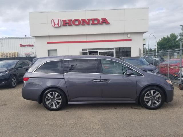 2015 Honda Odyssey Touring LEATHER NAVIGATION RES