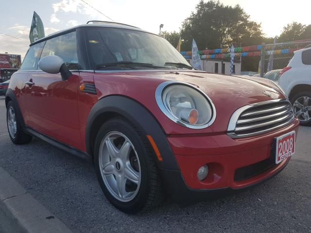 2008 MINI Cooper Extra Clean- 4Cyl -Leather -Panorama Roof - Alloys