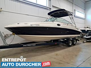 Used 2005 Sea Ray SUNDECK 365 HRS - TRES PROPRE - SALLE DE BAIN - LIT CABINE for sale in Laval, QC