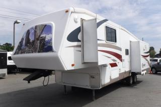 Used 2007 CROSSROAD Cruiser CK30SK Fifth Wheel Trailer with 3 Slide Outs for sale in Burnaby, BC