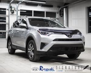 Used 2017 Toyota RAV4 LE AWD chez Rimouski Hyundai for sale in Rimouski, QC