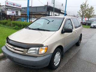 Used 2000 Toyota Sienna CE for sale in Toronto, ON